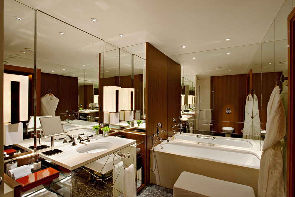 Deluxe Guest Bath at Ararat Park Hyatt Moscow, Moscow, Russia