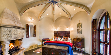 Castle Chamber at Thorngrove Manor HotelSouth Australia
