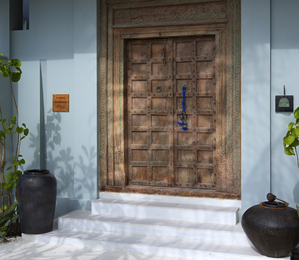 Naladhu Resort Two Bedroom Pool Residence Entrance Doors