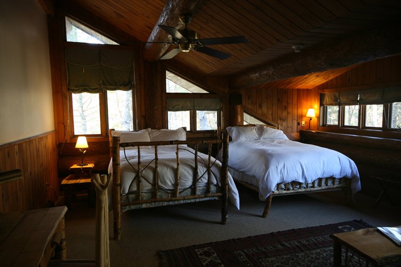 Deluxe Junior Suite at Trout Point Lodge