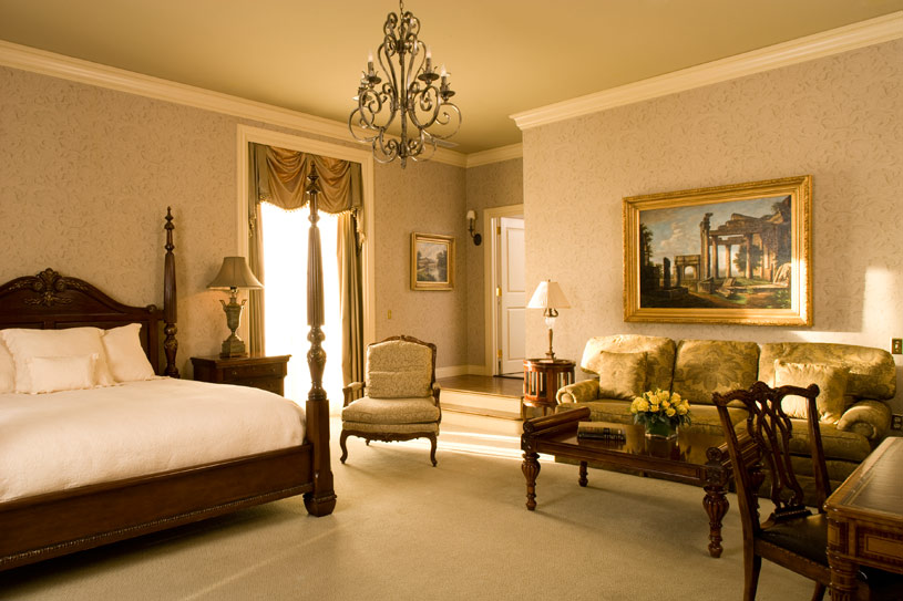 Guest Room at Oheka Castle Hotel