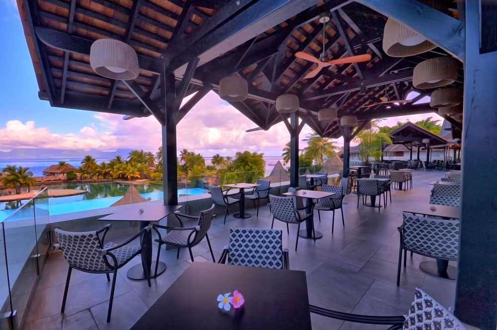Dining at InterContinental Resort TahitiPapeete
