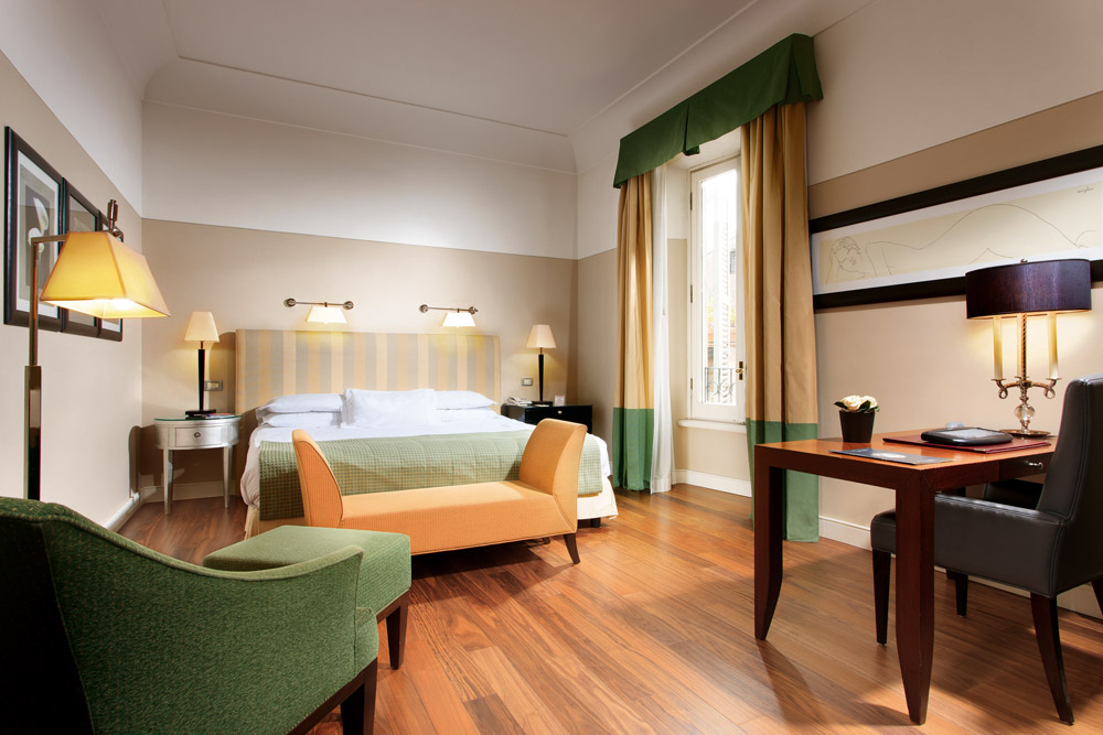 Superior room at Grand Hotel de la Minerve, Rome Italy