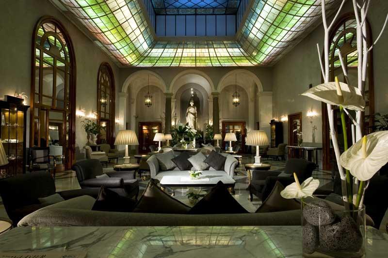 Grand Hotel de la Minerve lobby, Rome Italy
