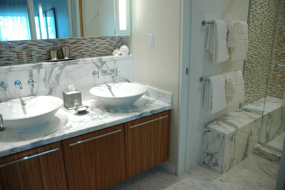 Guest bathroom at Santa Maria Suites, Key West, Florida