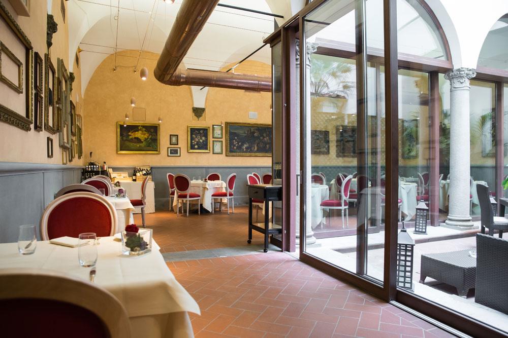 Chiostrina Restaurant at Hotel Bernini PalaceFlorenceItaly