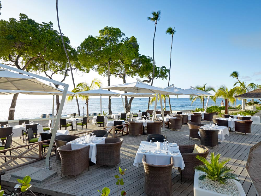 Terrace Dining at Tamarind Cove Hotel | St James, Barbados, West Indies