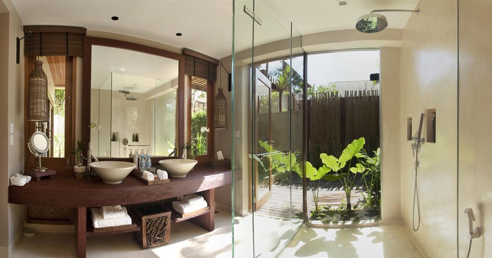 Garden Suite Bath at Anantara Rasananda Koh Phangan Villa Resort and Spa