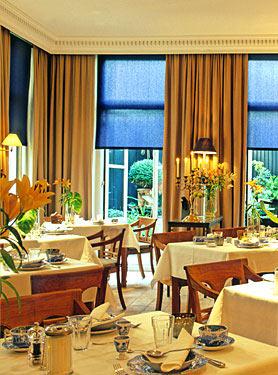 Hotel Seven One Seven 717