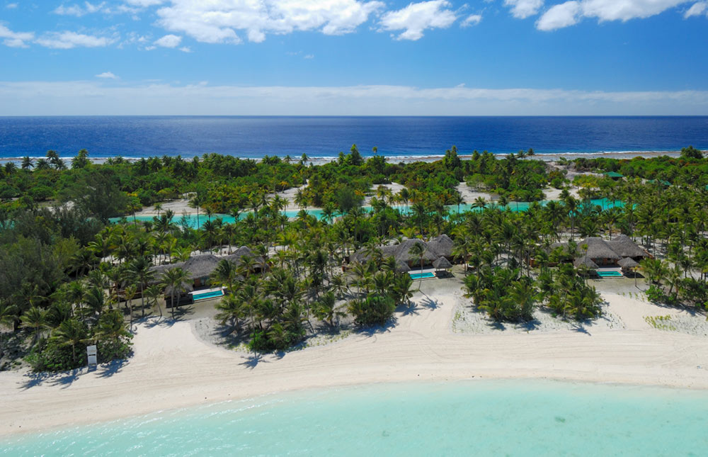 Beach atFour Seasons Resort Bora BoraFrench Polynesia