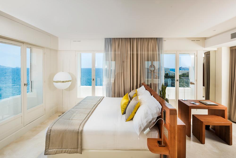 Ricciotti Sea View Suite at Le Petit Nice PassedatMarseilleFrance