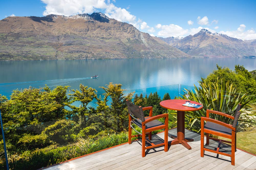 Azur Lodge private terrace with wonderful mountain viewQueenstown