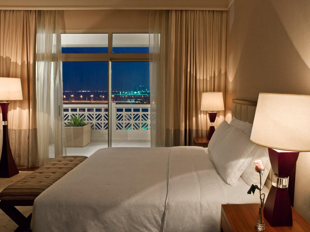 Guestroom at Grand Hyatt Doha, Qatar