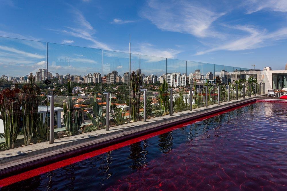 Skye Pool at Hotel Unique Sao Paulo, Brazil