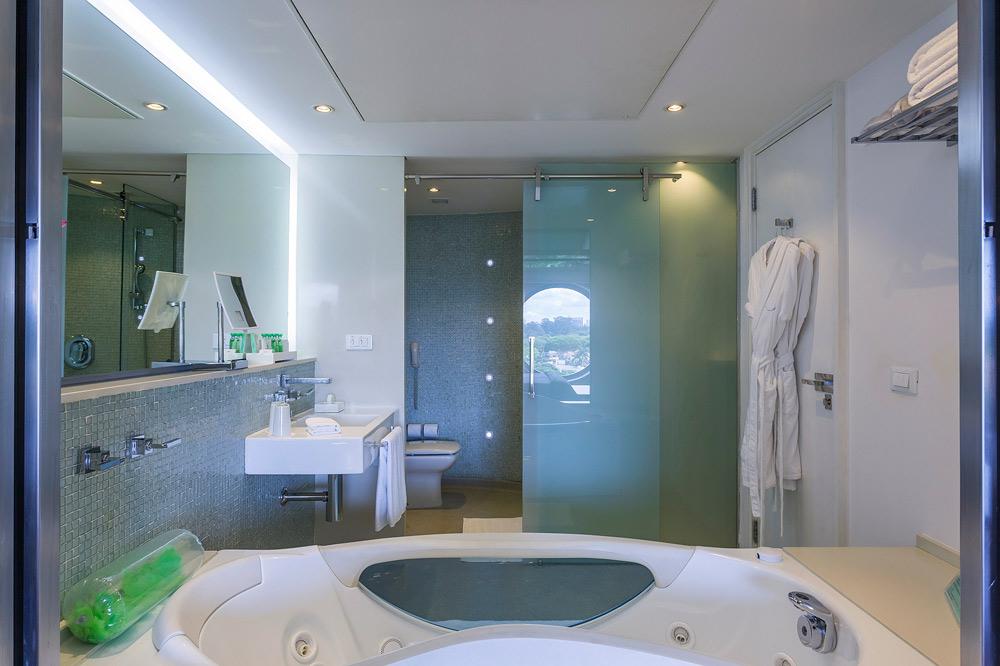 Suite Bath at Hotel Unique Sao Paulo, Brazil