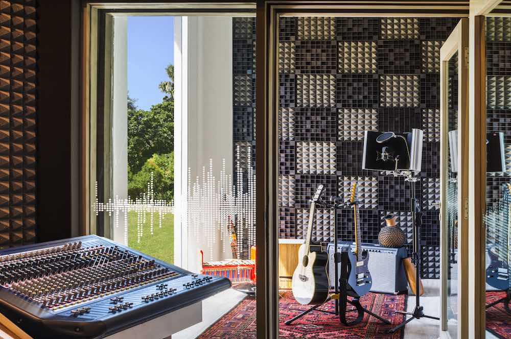 The first W Sound Suite is at the W Retreat & Spa Bali - Seminyak. It is a privatesoundproof recording studio and writing room available to both professional musicians and hotel guests. There is also a private vocal booth overlooking the properties tropical garden.