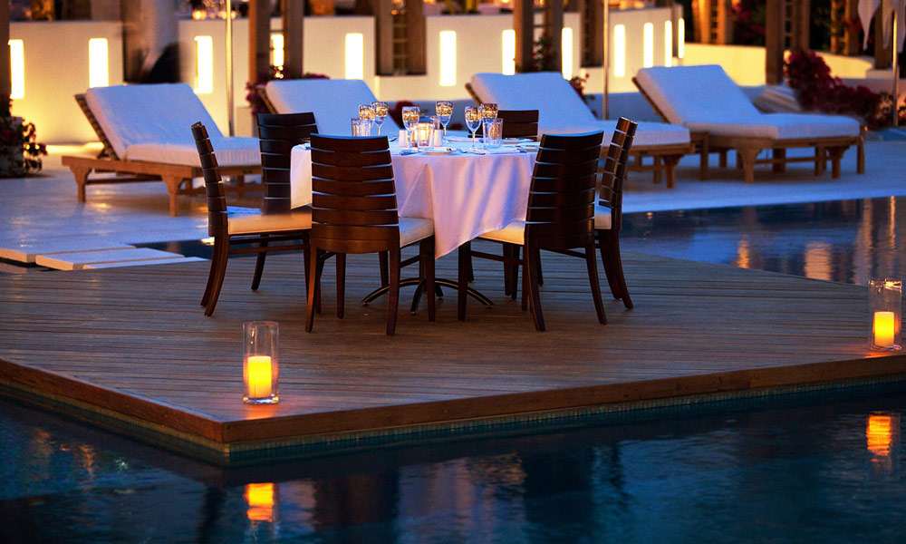 Stelle Pool Island Dining at Gansevoort Turks and Caicos, Providenciales, Turks & Caicos Islands