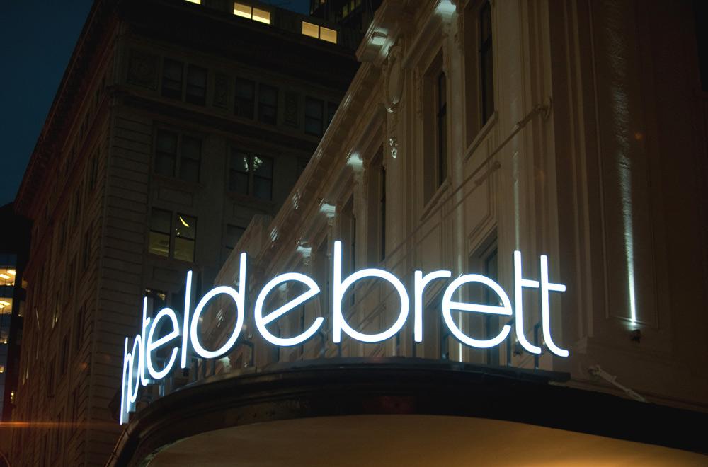 Exterior of Hotel DeBrett Auckland