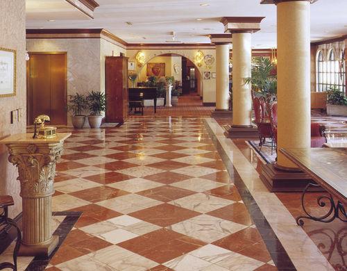Siena Hotel A Summit Hotel