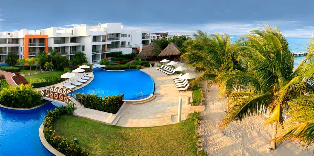 Overview of Aura Cozumel Grand Resort
