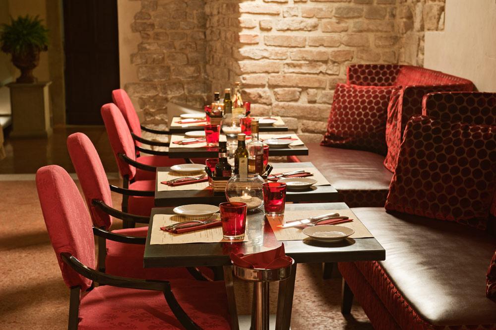 Osteria Della Pagliazza at Brunelleschi Hotel FlorenceFlorenceItaly