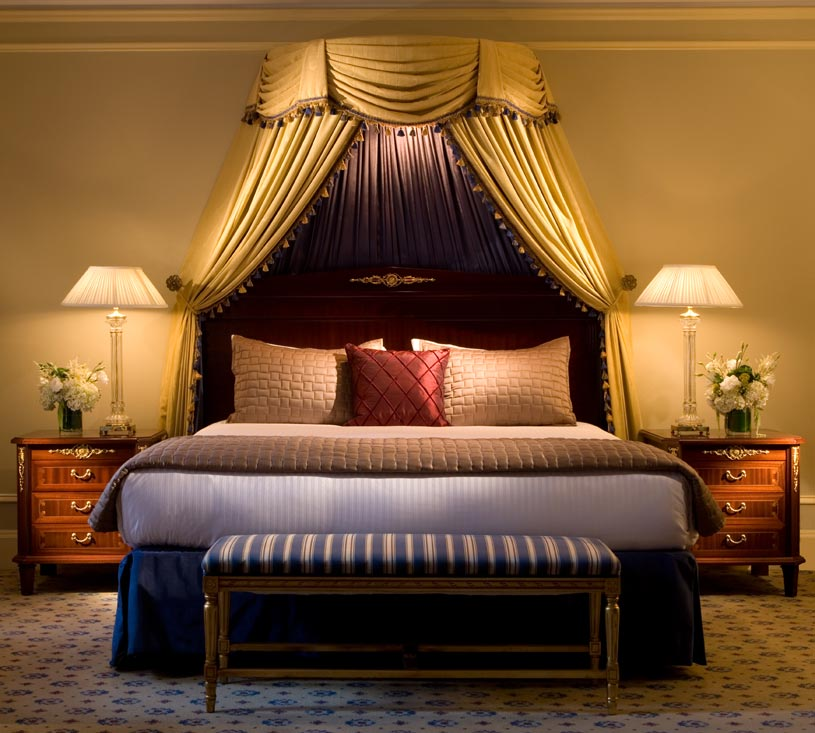 Club Level Bedroom at The Millennium Biltmore Los Angeles