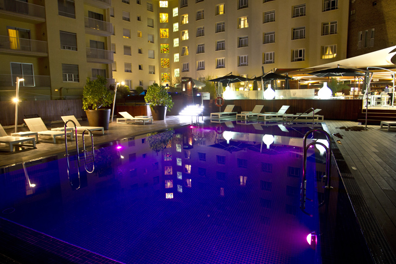 Wellington Hotel Pool at Night