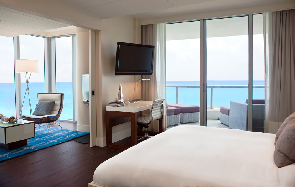 Ocean Tower Corner King at Eden Roc Miami Beach
