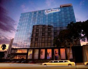 Radisson Hotel Decapolis Miraflores