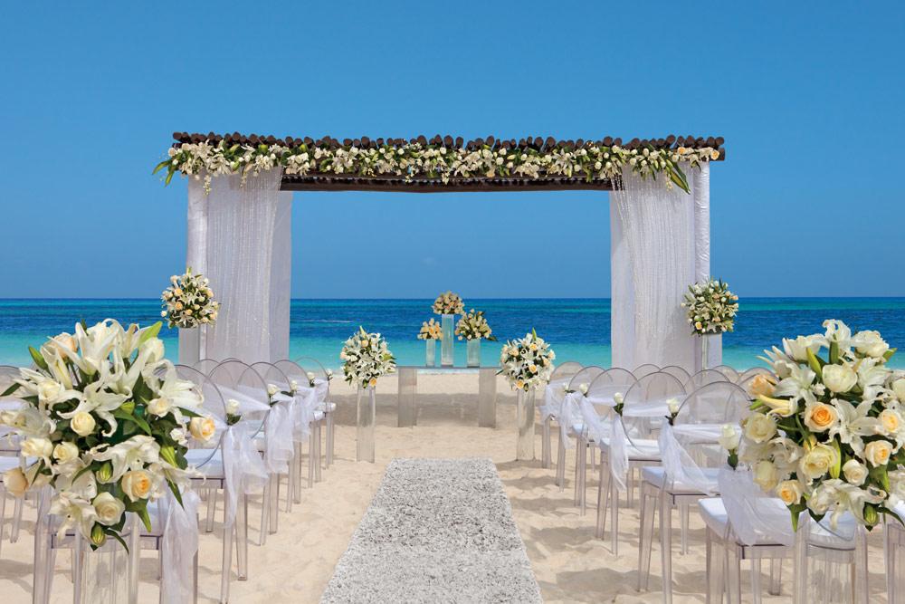 Wedding at Secrets Capri Riviera Cancun in Playa Del CarmenMexico