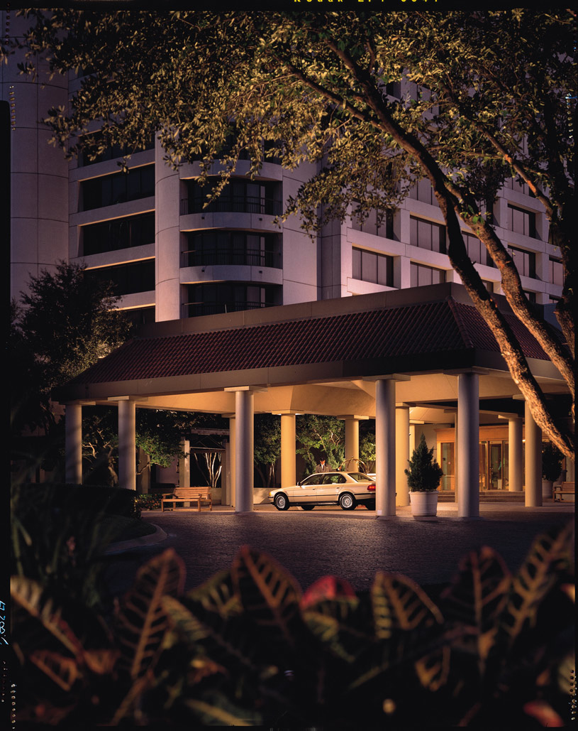 Omni Mandalay Hotel