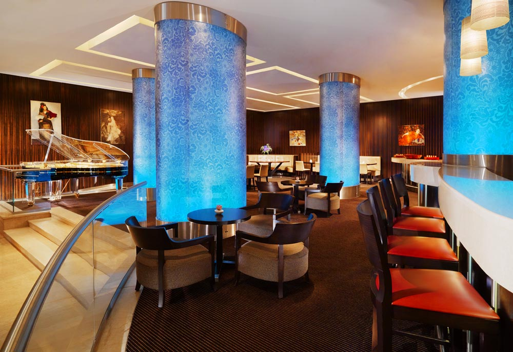 Bar and Lounge at Sheraton Palace HotelMoscowRussia