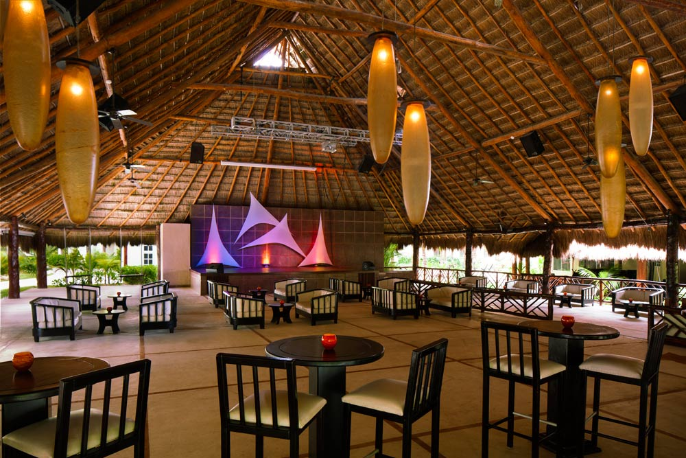 Guacamayas Theater at El Dorado Royale Spa Resort