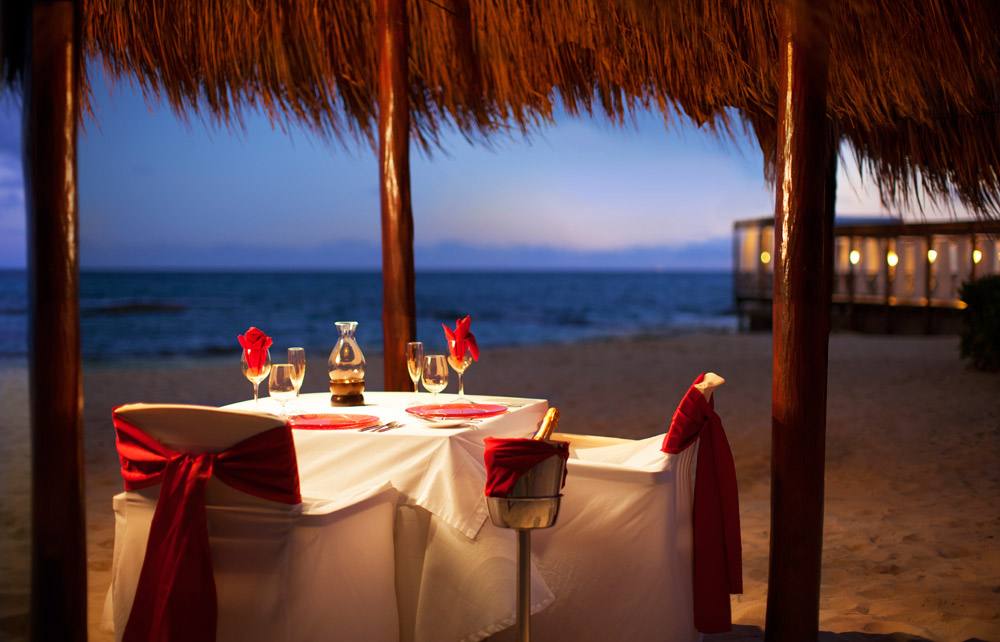 Candlelight Dinner at El Dorado Royale Spa Resort