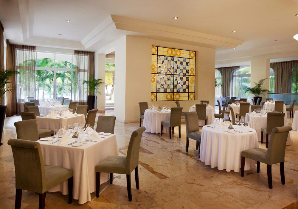 Italian Dining at El Dorado Royale Spa Resort