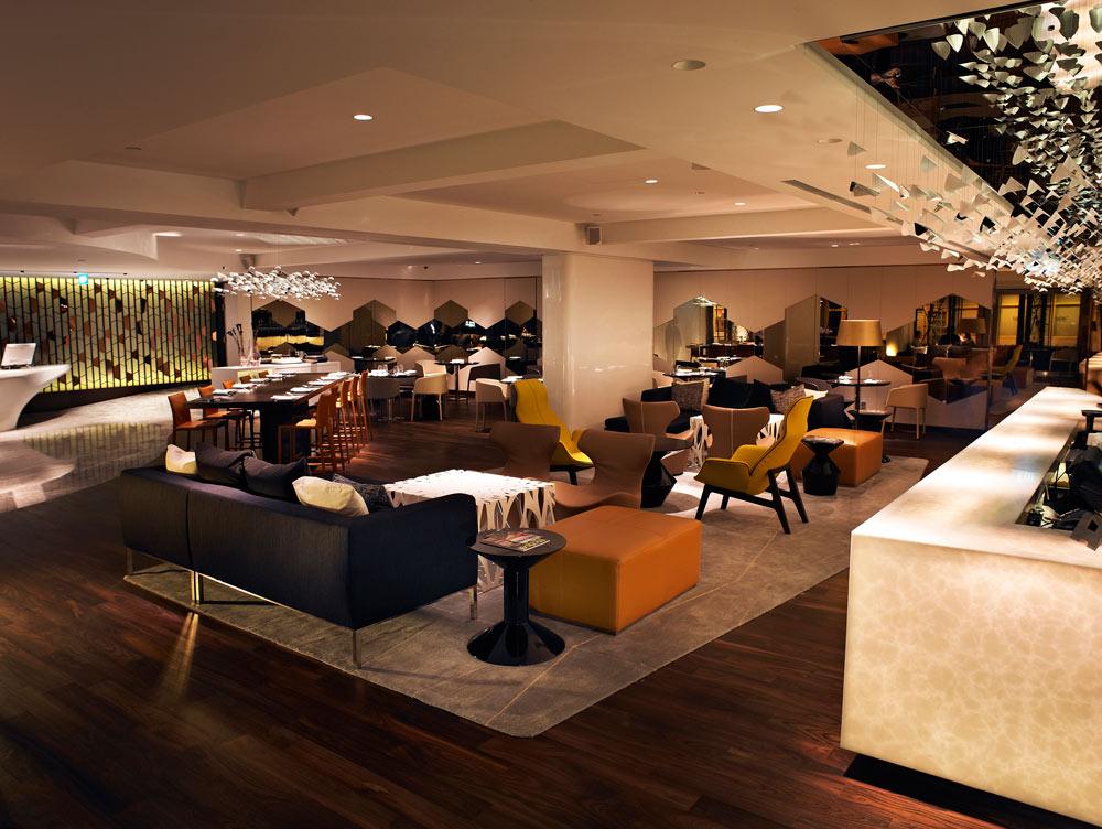 Lobby at Naumi Hotel Singapore