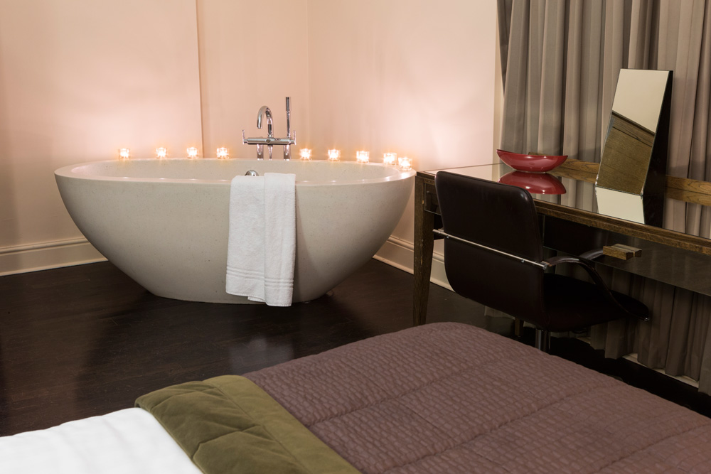 Suite Bath at Walton Hall WellesbourneWarwickshireUnited Kingdom