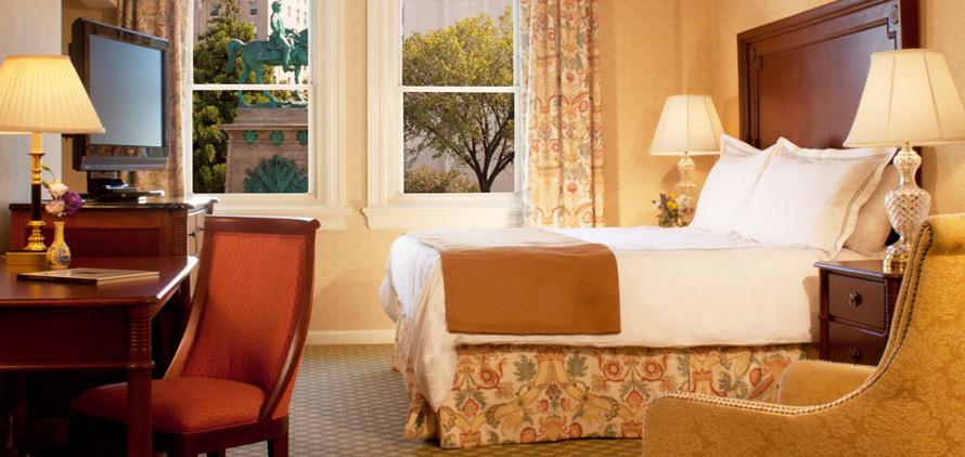 Standard King Room at The Churchill Washington DC