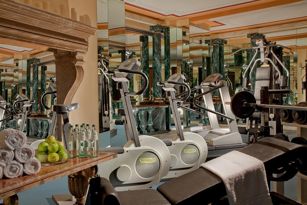 Fitness Center at Hotel Raphael RomeRomeItaly