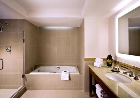 The Westin Georgetown Guest Room Bathroom