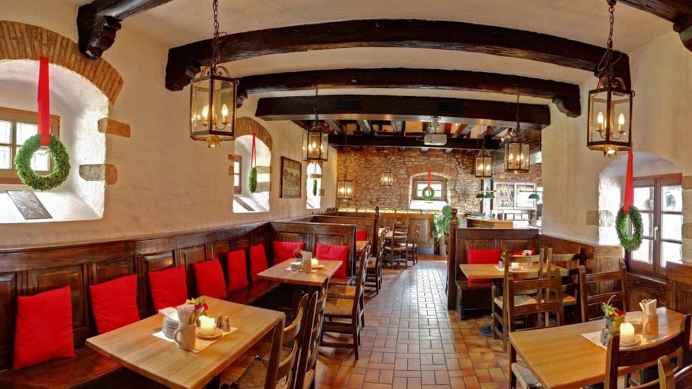 Dining at Kempinski Hotel Gravenbruch