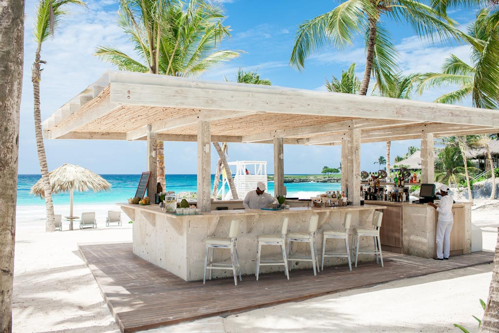 Uva Bar at Eden Roc at Cap Cana, Punta Cana, Dominican Republic