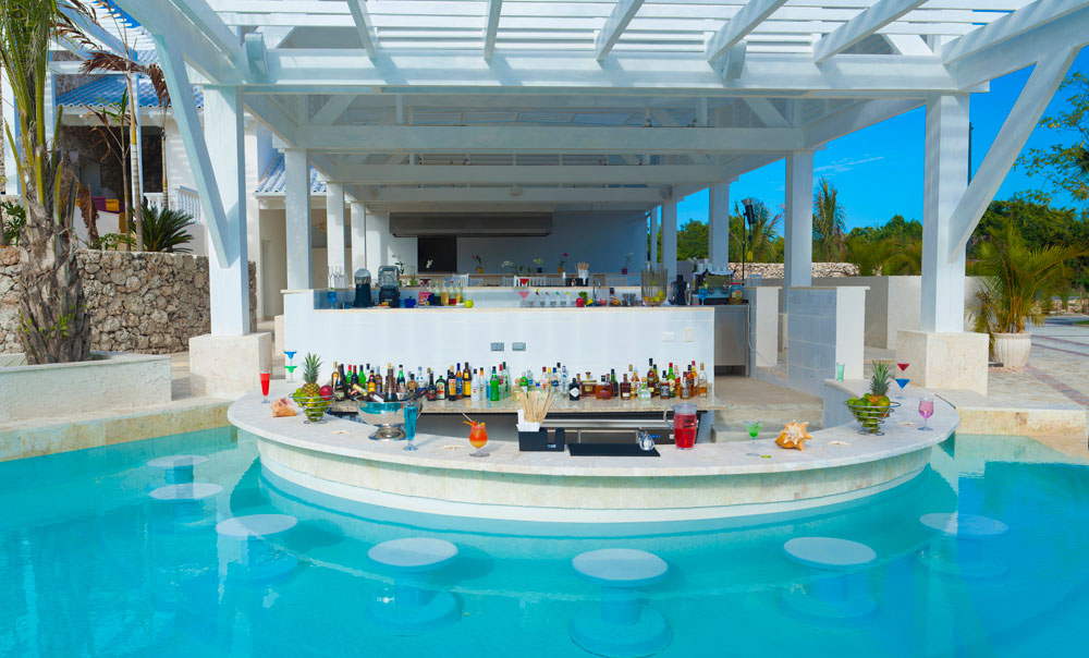 Blue Lagoon Pool Bar at Eden Roc at Cap Cana, Punta Cana, Dominican Republic