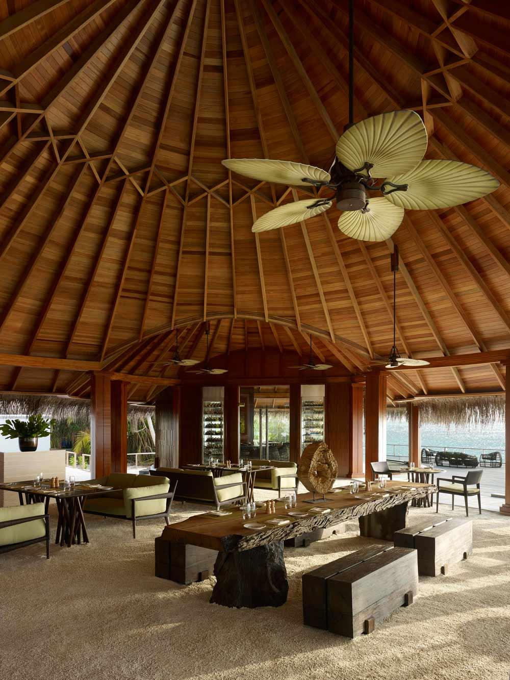 Sea Grill Restaurant at Dusit Thani Maldives