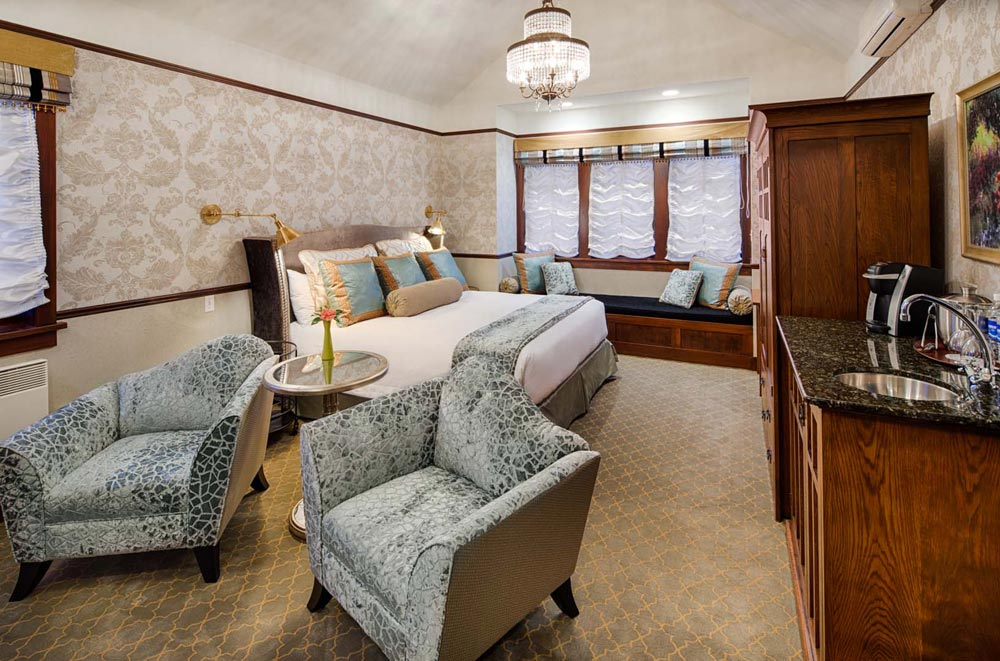 Emerald Room at Abigails Hotel VictoriaBritish ColumbiaCanada