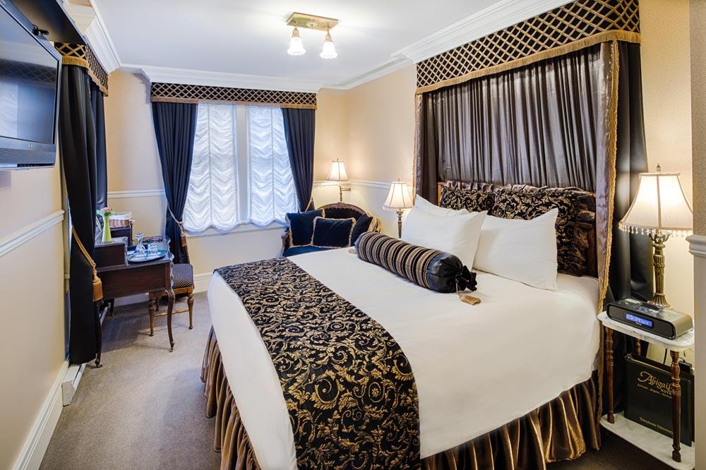 Amthyst Room at Abigails Hotel VictoriaBritish ColumbiaCanada
