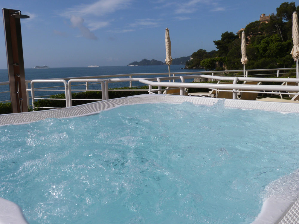 Jacuzzi at Excelsior Palace Hotel RapalloItaly