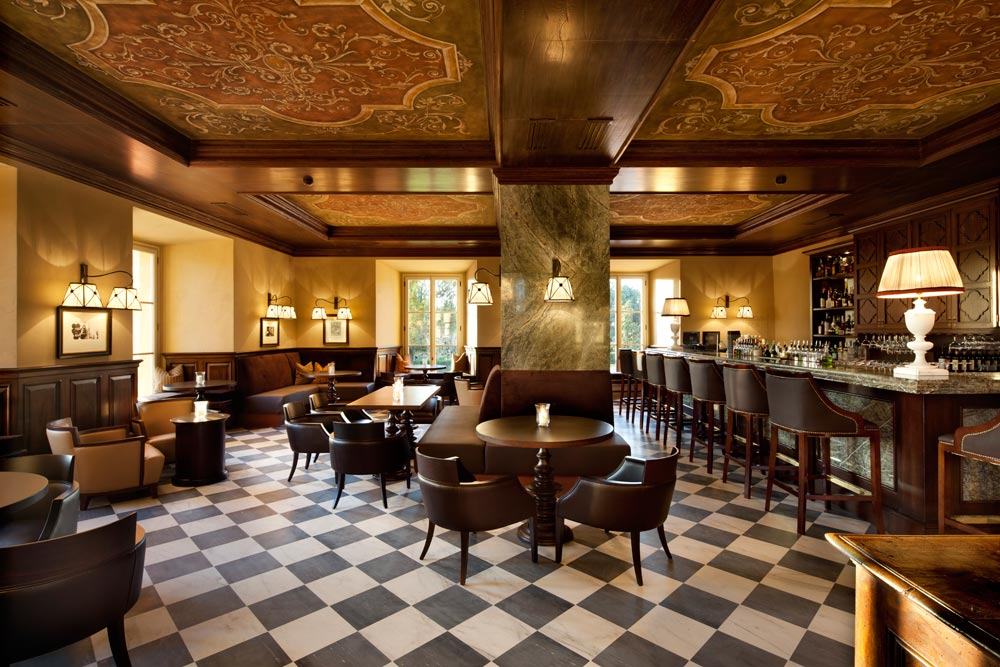 Visconti Bar at Hotel Castello di Casole