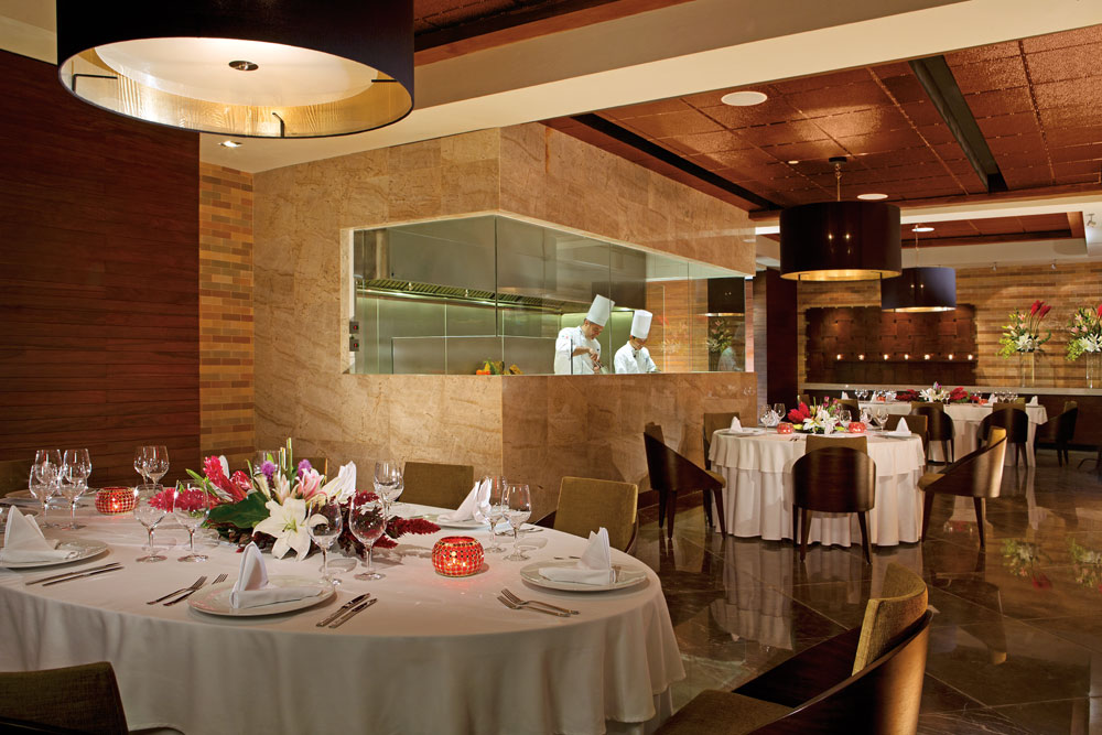 Bluewater Grill Dining at Secrets The Vine CancunMexico