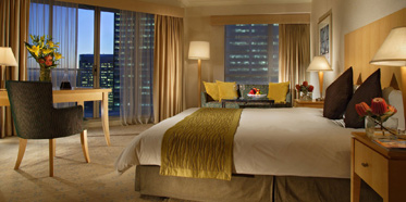King Bed Guest Room at Swissotel Sydney